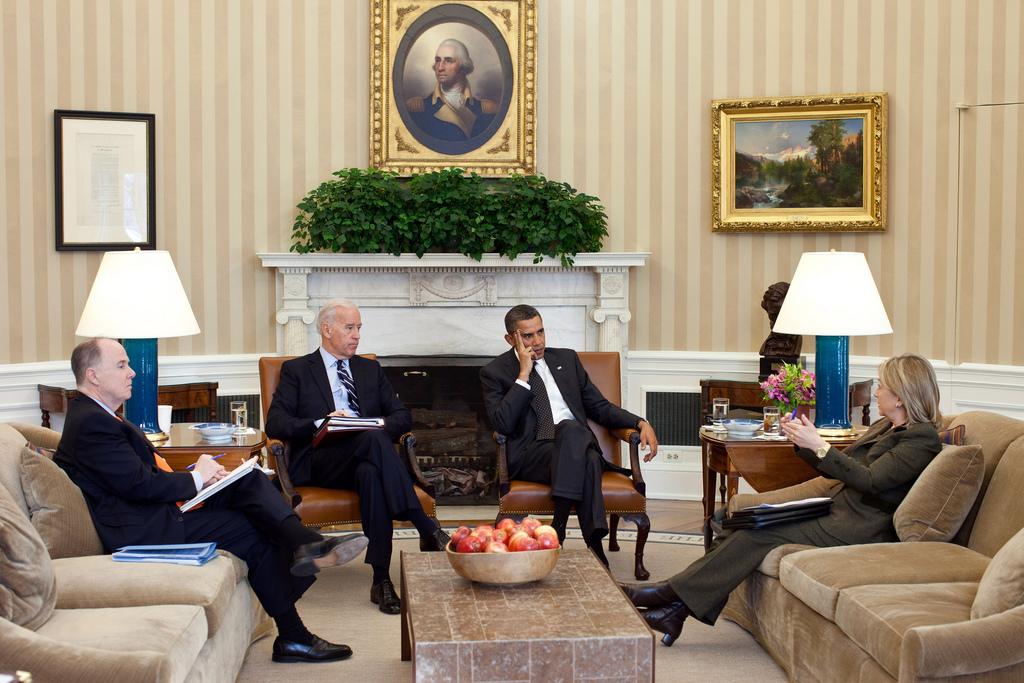 President Barack Obama and Vice President Joe Biden meet with